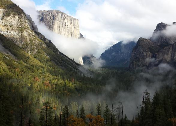 Yosemite Valley as seen from Tunnel View