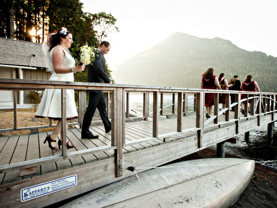 Wedding photos overlooking Lake Crescent
